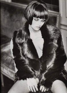 Vanessa Paradis -repinned by California photography studio http://LinneaLenkus.com #photographers