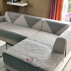 Perfect couch covers target in store made easy Old Sofa, Sofa Couch Bed, Couch Furniture, Loveseat Covers, Loveseat Slipcovers, Cushion Covers, Sofa Covers Online, Outdoor Furniture Covers, Printed Sofa