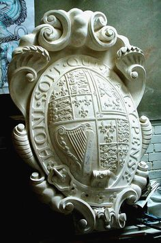 Temple Bar Heraldic Sculpture | Tim Crawley
