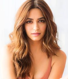 Have a Look at the Super Sexy Kriti Kharbanda. we have the top 10 photos of Bollywood Babe Kriti Kharbanda. Have a Look at the Bollywood Q. Indian Bollywood Actress, Bollywood Actress Hot Photos, Indian Actress Hot Pics, Bollywood Girls, Beautiful Bollywood Actress, Beautiful Actresses, Bollywood Actors, Beautiful Girl Photo, Beautiful Girl Indian
