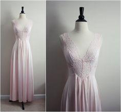 Vintage 70 s Vanity Fair Nightgown Soft Pink by PARASOLvintage Vintage  Nightgown ba7def07a
