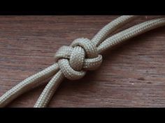 This might be a good knot for a long leash made by paracord. For the handle part. How To Tie A Crown And Diamond Knot (ABoK #784) - YouTube