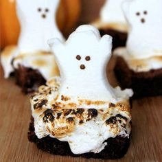 Haunted Halloween Ghost Brownies