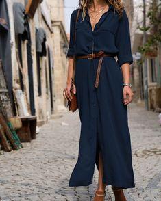 """Fabi Gragnani on Instagram: """"A sugestão para esse Sábado é combinar um vestido chemise marinho + acessórios em couro + bijoux douradas. Simples e chique. Bjooooo e…"""""""