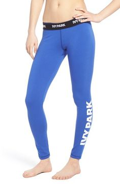Absolutely obsessing over these incredibly flattering leggings!