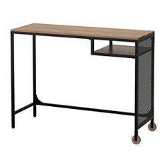 IKEA - FJÄLLBO, Laptoptisch, , Dieser solide Schreibtisch aus Metall und Massivholz bildet einen flexiblen und funktionellen Arbeitsplatz auf kleinstem Raum.Dank der Rollen lässt sich der Tisch leicht dorthin bewegen, wo man ihn haben möchte.Mit selbstklebenden Kabelklips für verdecktes Sammeln von Kabeln.Verstellbare Fußkappen sorgen für Standfestigkeit auch bei leicht unebenem Boden.