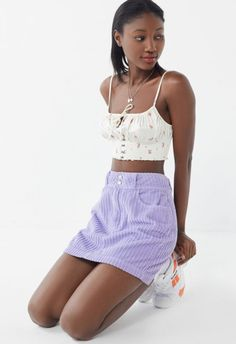 How to Rock the Corduroy Trend on a Budget - College Fashion College Fashion, 90s Fashion, Isabel Marant, Lila Rock, Urban Outfitters, High Fashion Trends, Lacey Tops, Corduroy Skirt, Black Dress Pants