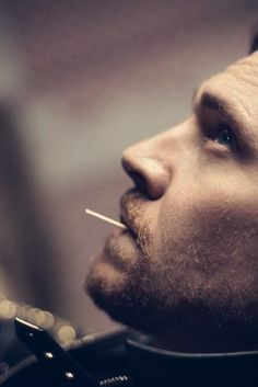Now, now... Not just anyone can pop a toothpick in their mouth like that. Leave it to the one and only pro, Mr. Tom Hardy.