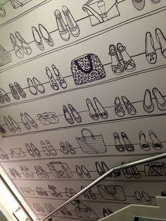 Must have behangpapier voor in mijn toekomstige inloopkast :) (New Look Antwerp)