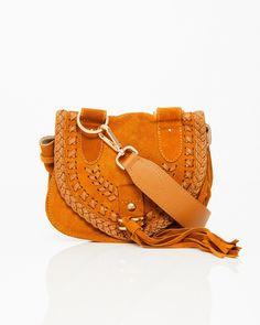 1e40976901 Hos WAKAKUU hittar du nyheter varje vecka! Vi fyller på med produkter från  våra över 100 varumärken så snart vi får leverans. WAKAKUU.com – High  Fashion ...