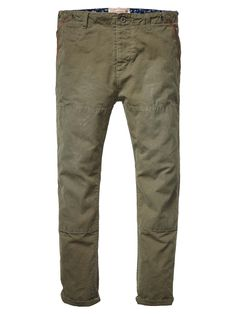 Waxed Quality Chino Pant > Mens Clothing > Pants at Scotch & Soda - Official Scotch & Soda Online Fashion & Apparel Shops Stylish Outfits, Fashion Outfits, Fashion Tips, Fashion Online, Scotch Soda, Jeans, Khaki Pants, Trousers, Menswear