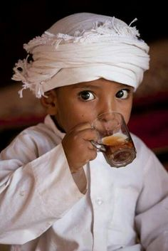 Children of the World ~ Steve McCurry Steve Mccurry, Kids Around The World, People Around The World, Precious Children, Beautiful Children, Beautiful World, Beautiful People, Beautiful Eyes, Photography Essentials