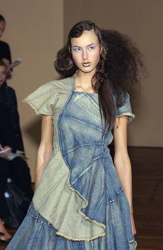 Junya Watanabe at Paris Fashion Week Spring 2002 - StyleBistro