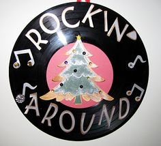Rockin around the Christmas Tree. Parade decorated on a sheet? Christmas Parade Floats, Christmas Rock, Office Christmas, Christmas Tree Themes, Outdoor Christmas Decorations, Retro Christmas, Christmas Crafts, Christmas Ornaments, Xmas Tree