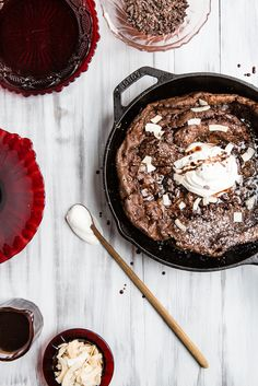 Double Chocolate Dutch Baby with Vanilla Bean Whipped Cream / The Modern Proper Valentine Desserts, Easy Desserts, Delicious Desserts, Dessert Recipes, Valentines Recipes, Mini Desserts, Brunch Recipes, Yummy Food, Dutch Baby Recipe