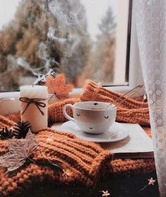 25 Cozy Autumn inspiration - A stylish and cozy home cozy at home . - 25 Cozy Autumn inspiration – A stylish and cozy home cozy at home warm drinks - Flatlay Instagram, Fall Inspiration, Autumn Cozy, Autumn Fall, Autumn Tea, Autumn Coffee, Cozy Winter, Winter Snow, Winter Time