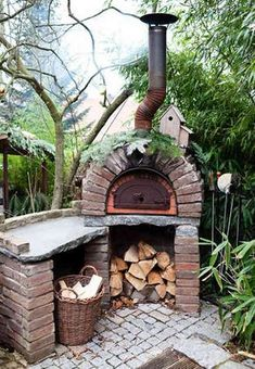 Dorothee Schumacher's outdoor wood-burning pizza oven – theselby via atticmag