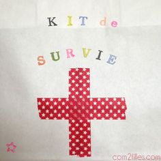 kit de survie - parents Diy Cadeau, Couches, Babyshower, Bb, Scrapbooking, Gifts, Save The Date Cards, Handmade, Mom Survival Kit