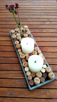 MariLittle: Eine kleine Dekoidee mit Korken t's already been a different wine-filled 12 months with Wine Cork Projects, Wine Cork Crafts, Wine Cork Coasters, Love Decorations, Recycled Bottles, Farmhouse Style Decorating, Mothers Day Crafts, Summer Diy, Diy And Crafts