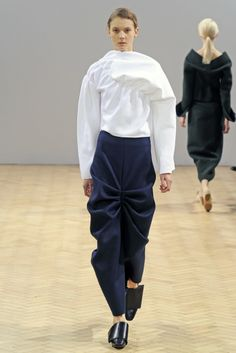 JW Anderson RTW Fall 2014 - Japanese influence is obvious ... #fashion #lfw