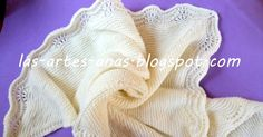 Me encantan las toquillas y chales para bebé, pero se me hace como muy grande esta labor, debido a mis muchos proyectos y labores que tra... Baby Knitting, Lana, Grande, Kids, Baby Blankets, Dresses, Crochet Wraps, Crochet Edgings, Baby Patterns