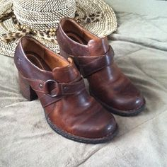 "One day sale !!!!Vintage leather Born boots These shoes are so cool . Only worn a few times . Leather has some fading .  Heel is 2 3/4 "" high . Born Shoes Ankle Boots & Booties"