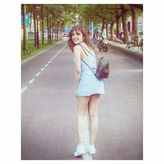 Cutest girl Cute College Outfits, Cute Outfits, Girl Photo Poses, Girl Poses, Indian Bollywood Actress, Indian Actresses, Shirley Setia, Rihanna Photos, Hollywood Girls