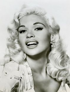 'There's A Sex Symbol Side To Every Woman' .says Jayne Mansfield, Broadway Hollywood Star. Old Hollywood Glamour, Vintage Hollywood, Hollywood Stars, Classic Hollywood, Jayne Mansfield, Divas, Retro Images, Thing 1, Famous Faces