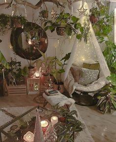 Bohemian Bedroom Decor, Hippie Bedrooms, Bohemian Room, Bohemian Style, Hippie Room Decor, Bohemian Interior, Vintage Bohemian, Indie Room, Room Goals