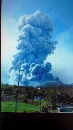 Costa Rica volcano erupts, spewing ash, column of smoke (PHOTOS) 21 May, 2016 Costa Rica, Earth Air Fire Water, Hurricane Storm, My Kind Of Town, Travel Planner, Trip Planner, Countries Of The World, Central America, Mother Nature
