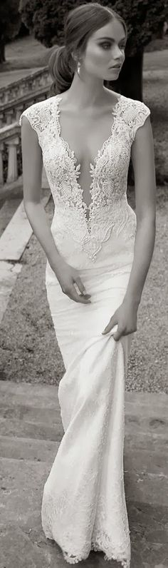 Berta Bridal 2014  | LBV  Repinned by www.fashion.net #provestra