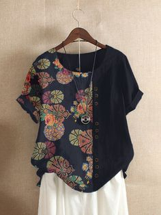 Site Mode, Ideias Fashion, Floral Prints, Floral Tops, Tunic Tops, Couture, T Shirts For Women, Blouse, Womens Fashion
