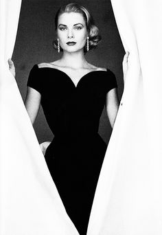 Grace Kelly - quite possibly my most favorite picture of her.