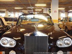 Mais fotos: http://fotografiasferrarezi.blogspot.com/2013/08/carros-antigos-e-seus-detalhes-ensaio.html