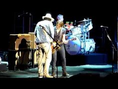 Sweet Thing - John Mayer & Keith Urban - YouTube