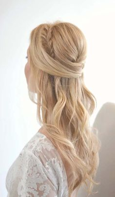40 Cute and Romantic Half Updo Hairstyles for Brides « Find your new style! - - 40 Cute and Romantic Half Updo Hairstyles for Brides « Find your new style! 40 Cute and Romantic Half Updo Hairstyles for Brides « Find your new style! Wedding Hair Down, Wedding Hairstyles For Long Hair, Wedding Hair And Makeup, Down Hairstyles, Easy Hairstyles, Hairstyle Ideas, Hair Ideas, Bridal Hairstyles, Ideas Románticas