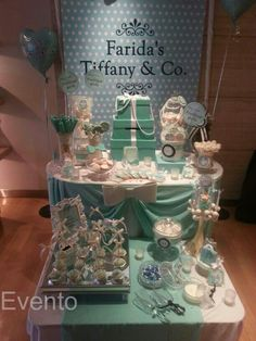 Tiffany candy bar by Evento Tiffany Sweet 16, Tiffany & Co., Tiffany Party, Blue Candy Table, 75th Birthday Parties, Wedding Colors, Wedding Ideas, Party Themes, Party Ideas