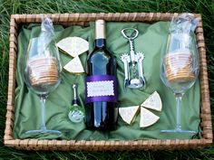For the Wine Lovers: Christmas Gift Baskets | Easy Crafts and Homemade Decorating & Gift Ideas | HGTV