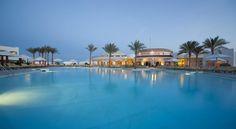حمام السباحة فى #فندق_كورال_بيتش_روتانا_تيران #شرم_الشيخ 4 نجوم #Coral_Beach_Rotana_Resort_Tiran-Hotel #Sharm_El_Sheikh 4 Stars