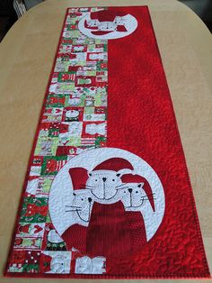 mrsmoen santa's cats table runner