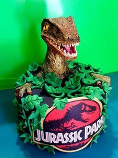 Jurassic Park Cake All edible. Dinosaur Cakes For Boys, Dinosaur Birthday Cakes, Dinosaur Party, Dinasour Birthday, Park Birthday, 6th Birthday Parties, Birthday Ideas, Jurassic World Cake, Festa Jurassic Park