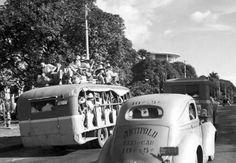 Antipolo Taxi 1941 Taft Avenue, Manila, near Jai-alai. Credit: June Candido of Old Manila FB page. Philippine Holidays, Colorized Photos, Makati, Ford Classic Cars, Manila Philippines, Public Transport, Taxi, Vintage Photos, Transportation