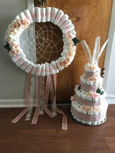 Help and information for diaper cake decorations – Midday is your best option for organising a receptions. The majority of people will make plans righ… – Baby Shower Baby Shower Diapers, Baby Shower Fun, Baby Shower Gender Reveal, Baby Shower Cakes, Baby Boy Shower, Baby Shower Gifts, Baby Showers, Diaper Cake Centerpieces, Baby Shower Centerpieces