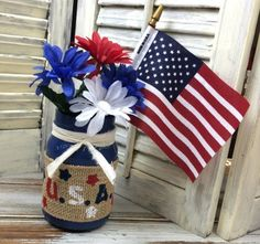 101 Handmade Days: of July Mason Jar Decor - Busy Being Jennifer 4th July Crafts, Patriotic Crafts, Patriotic Decorations, Handmade Decorations, Handmade Crafts, Diy Craft Projects, Diy Projects On A Budget, Crafts To Do, Decor Crafts