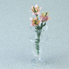 Make Miniature Lilies in Dolls House Scales: Arranging or Planting Miniature Lily Flowers