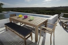 Miami dining and benches from www.blocoutdoor.co.za