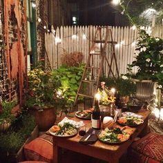 cozy dinner party on a balcony http://www.balco.eu