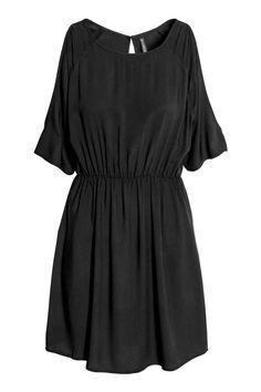 Robe épaules dénudées   H&M