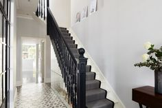 This was an interior photography shoot for ADE Architects of a residential project they had completed in Earlsfield Decoracion Vintage Chic, Alternative Flooring, London Location, London House, London Townhouse, Carpet Stairs, Interior Photography, House Front, Old Houses