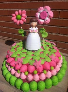 Tarta de #chuches - Candy cake - Gâteau de bonbons - Snoeptaart Candy Pop, Candy Party, Beautiful Cakes, Amazing Cakes, Pastel Cakes, Food Art For Kids, Candy Cakes, Candy Bouquet, Cake Board